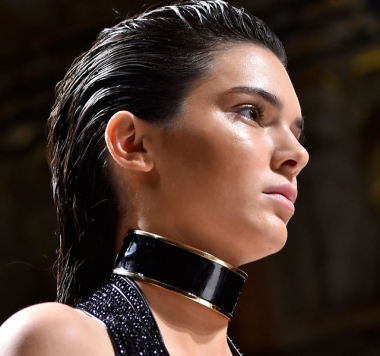 Paris-Fashion-Week-Coverage-Chokers-Balmain-Spring-2015-Accessories-08